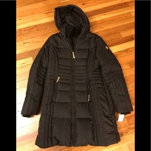Vince camuto down hooded coat with neck warmer,NWT